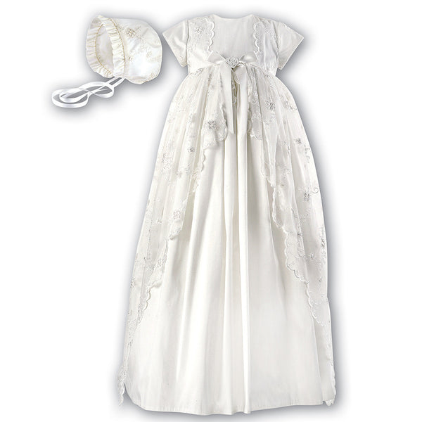 Sarah Louise SS16 - Slik and Lace Christening gown 133S... http://www.betty-mckenzie.com/products/sarah-louise-ss16-christening-gown-133sx 6 months Ivory Christening gown Silk and lace dry clean