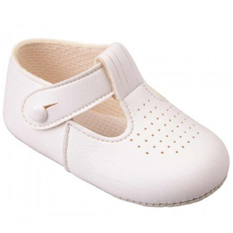 Early Days -  Baby pram shoes, white, B625