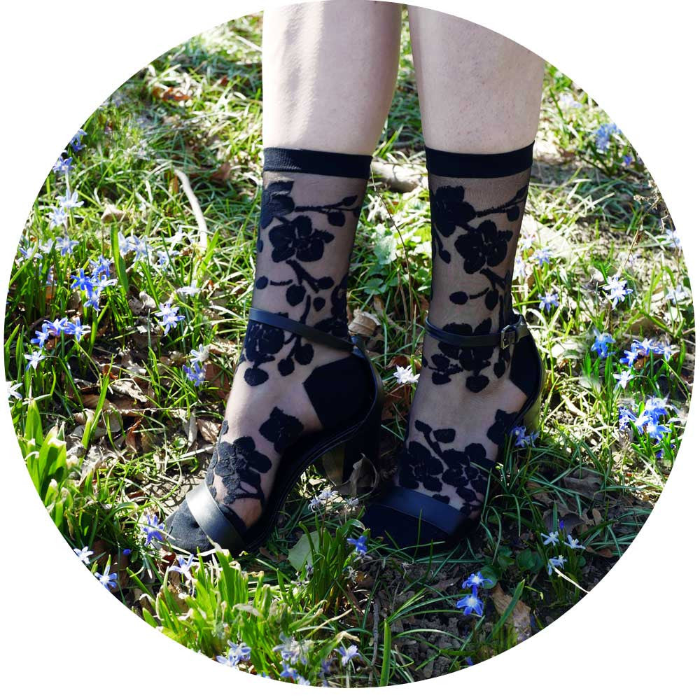 Buy fun and fashionable womens and mens socks, knee highs, over the knees, tights, ankle socks, and no shows from Ozone Design