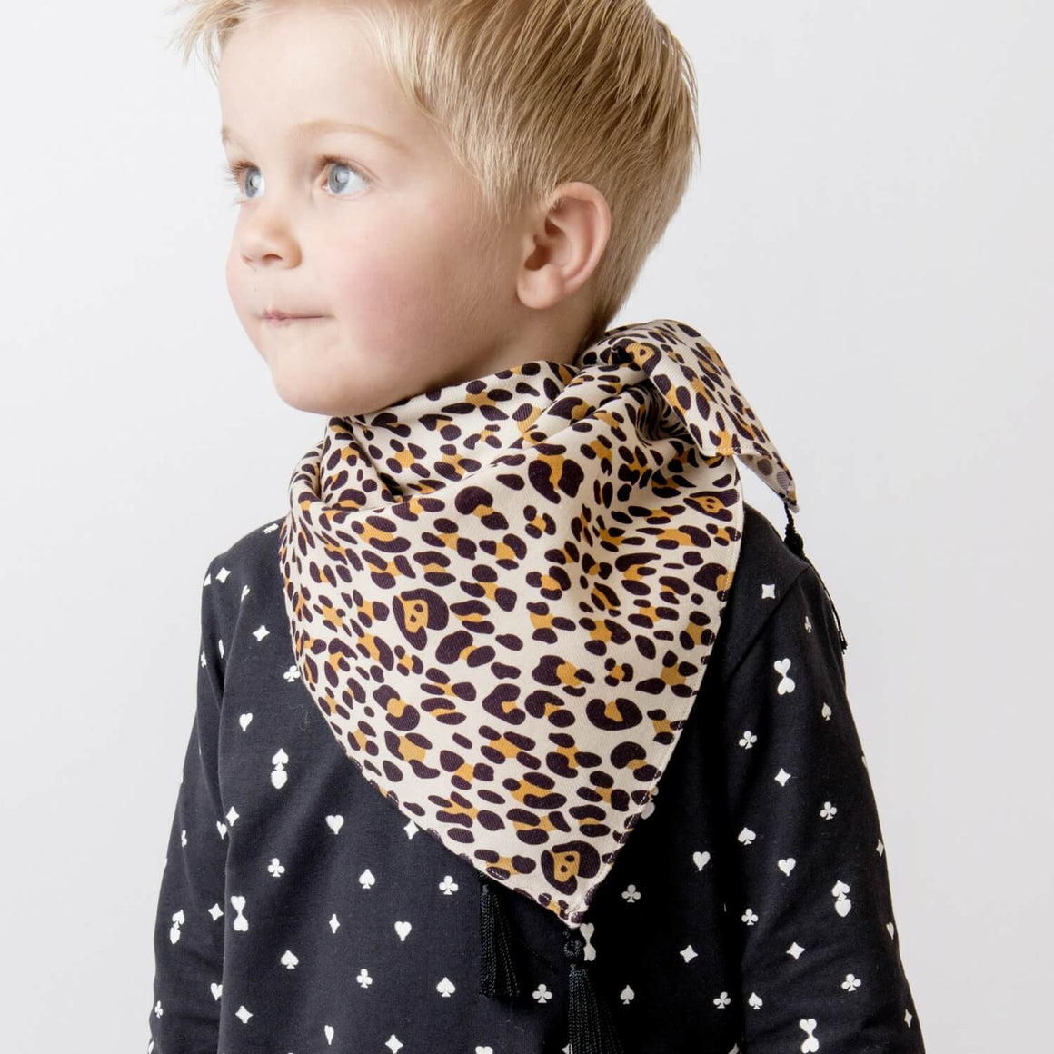 ARIZONA SCARF A LEOPARD IN PARIS