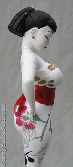 Double 'D' Kokeshi - limited edition Booty Babe Art statue