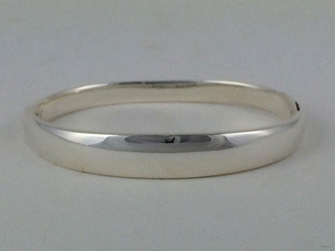 Kathy's Sterling Silver Hinged Bangle