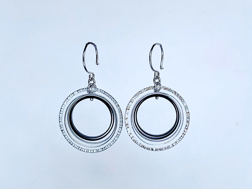 Nested Raked & Smooth Circles on Hook Earring, Silver/Oxidized