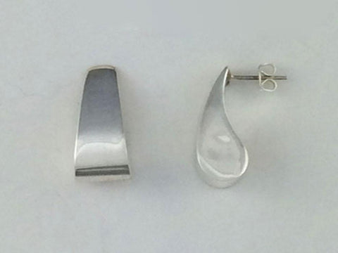 Apostrophe Sterling Silver Earring