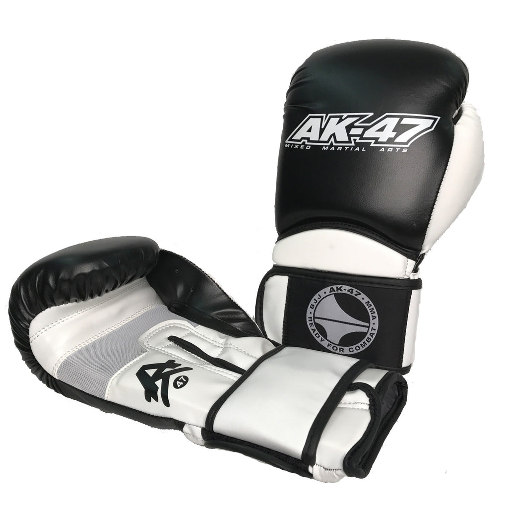 Matrix Boxing Gloves Vinyl Black & White