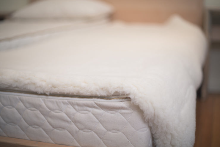 Natural Happy Lamb Fleece Mattress Topper - Enhance your sleep with one of our luxurious mattress toppers.