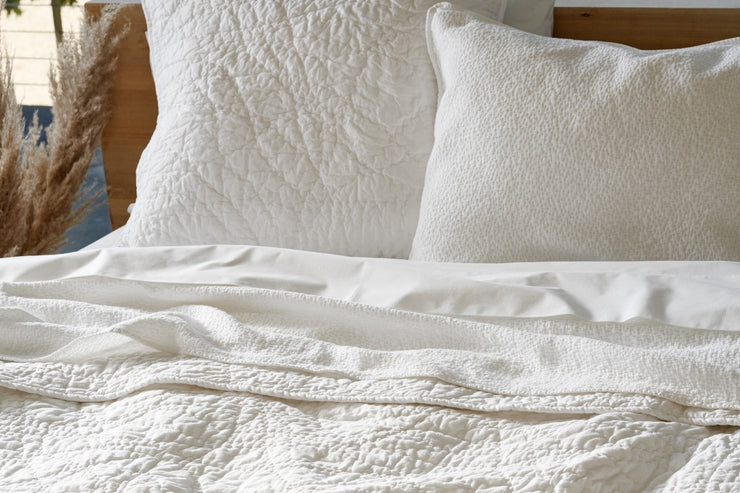 Organic cotton quilt available in Canada