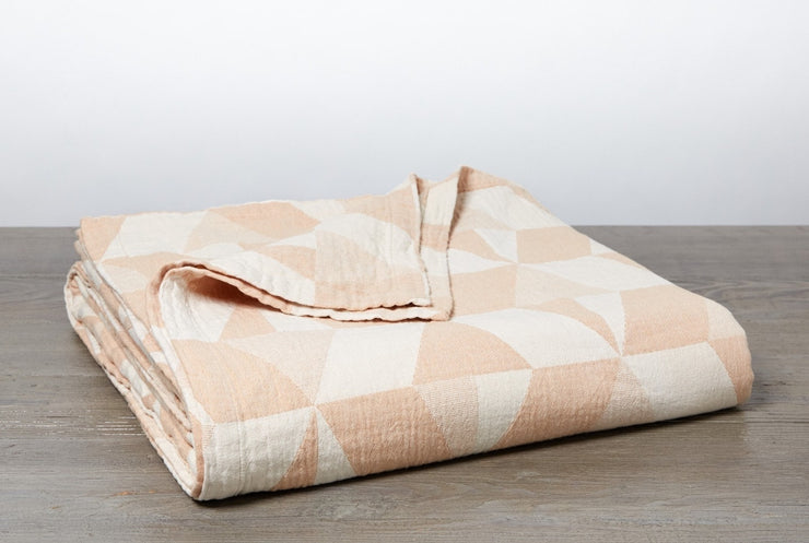 Blanket made with 100% organic cotton grown and woven in Portugal