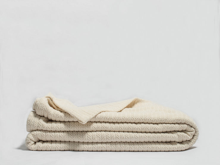 Organic Throw Blankets Available in Canada