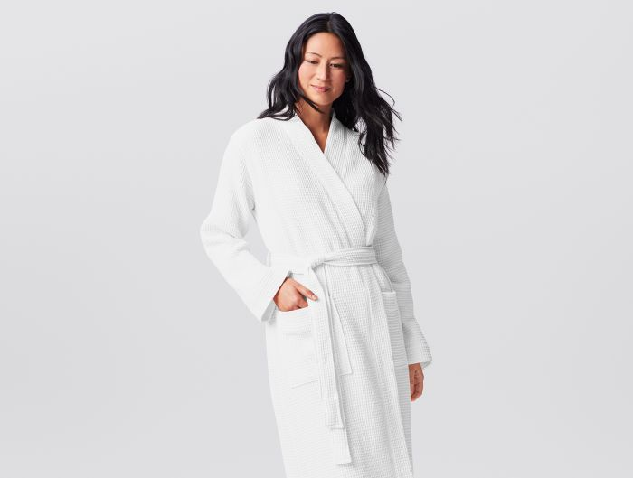 Organic bath robe made with cotton 100% organic, sourced and woven in Turkey