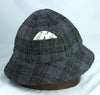 Six panel hunting sporting hat in grey tweed plaid