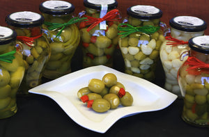 Olives: Sweet Garlic Cloves (pickled)