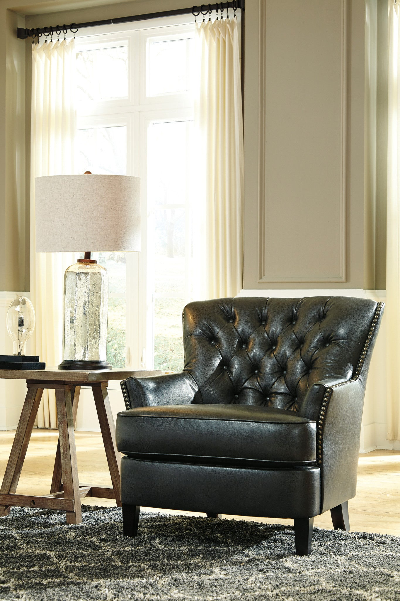 Ashley Furniture Azlyn Accent Chair