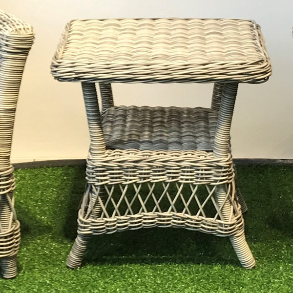 York synthetic wicker side table