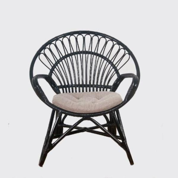 Round Chair w/ cushion, black