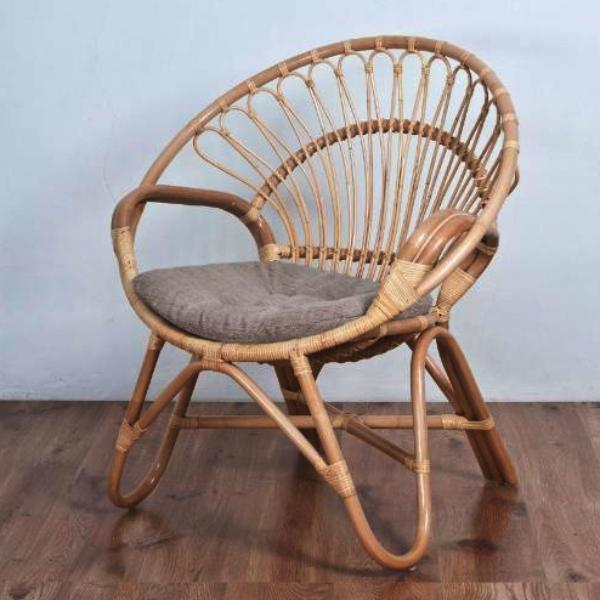 Round Chair w/ cushion, Natural