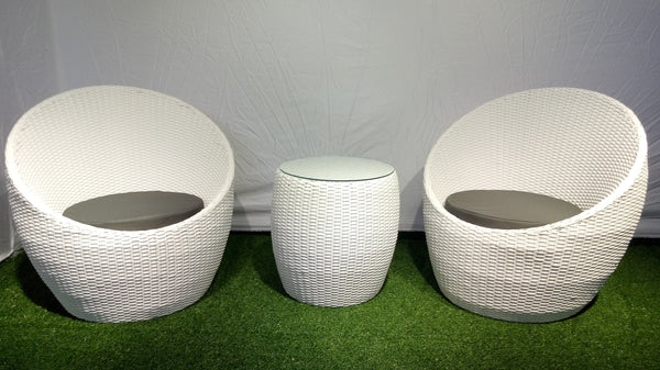 Terrace set of 2 chairs and a table, white