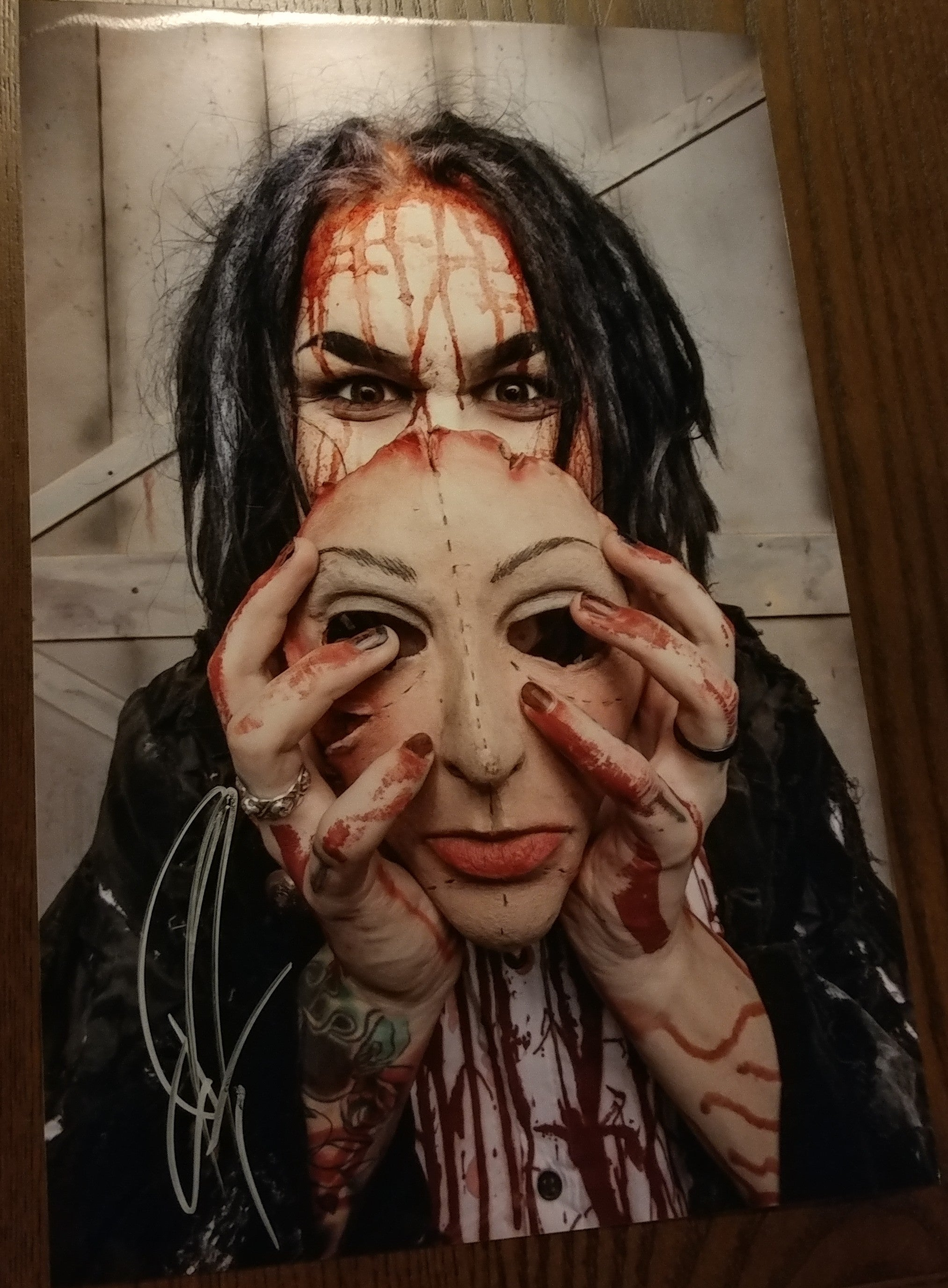 Ghost - Dead Skin Mask signed 8x12 (damaged)
