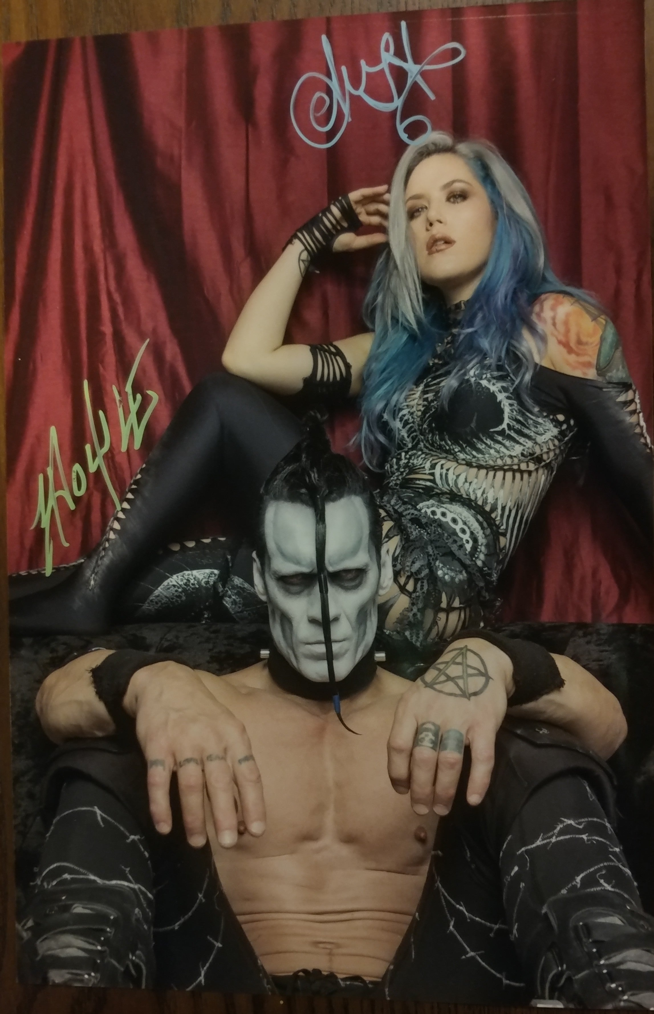 Alissa and Doyle - Beast Throne signed 8x12 (damaged)