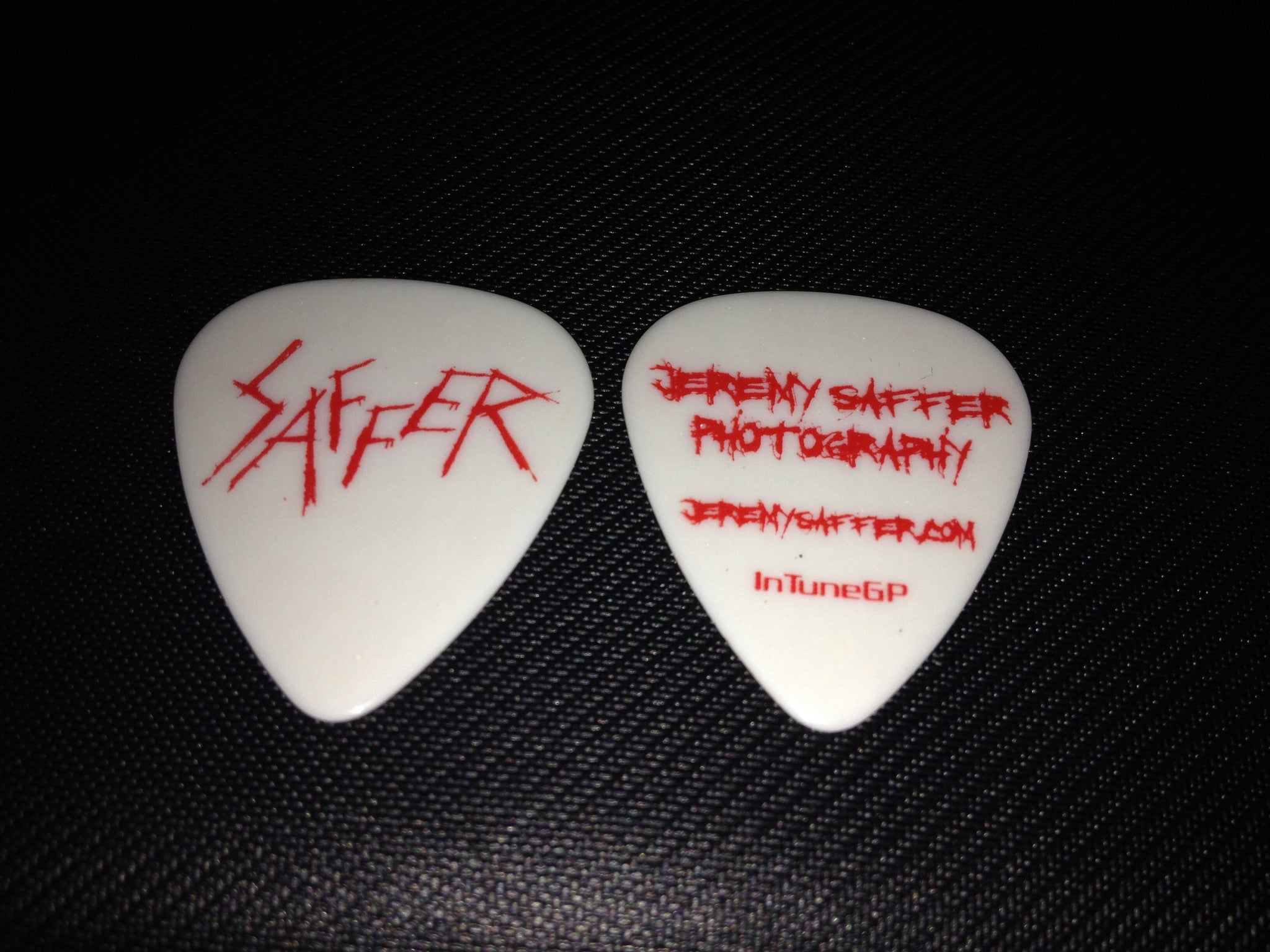 Saffer Scratch Guitar Pick