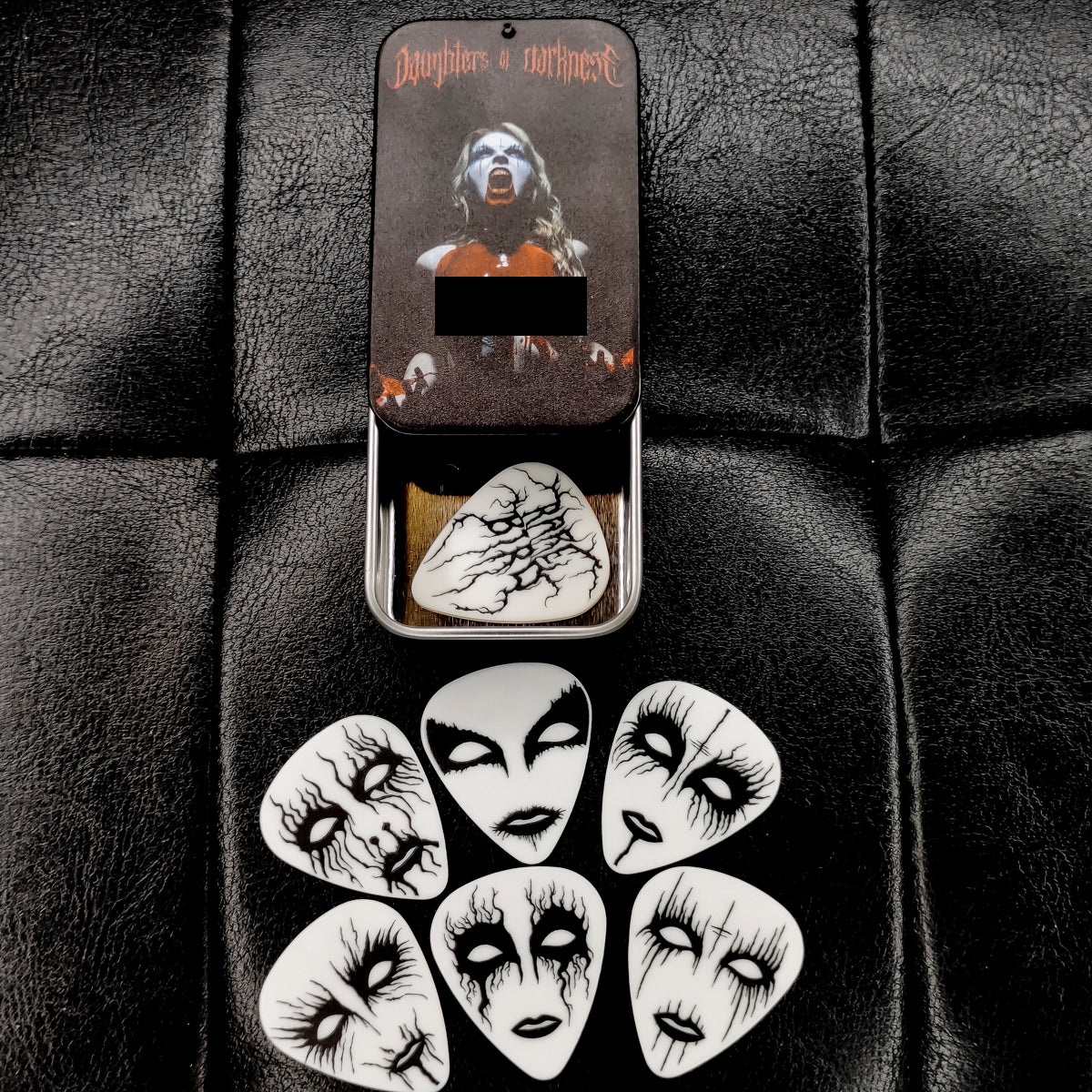Daughters of Darkness - Guitar Pick Tin - Bathory