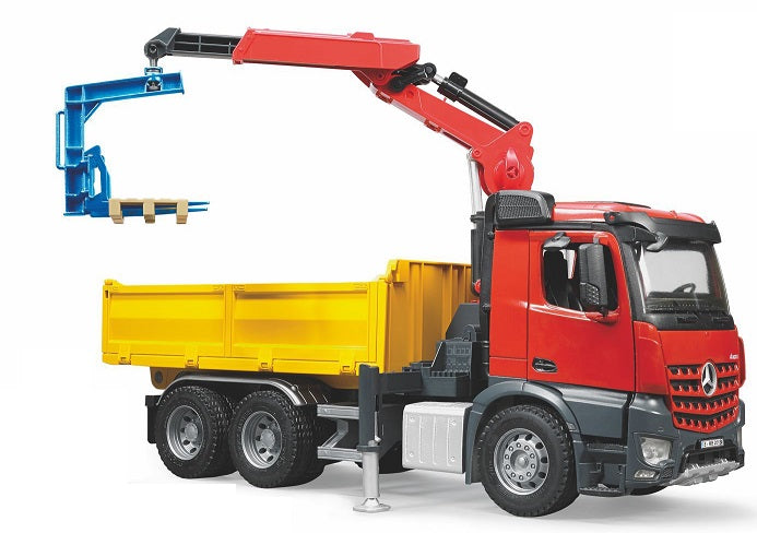 Bruder - BR 1:16 MB Arocs Construction Truck with Crane & Accessories (03651)