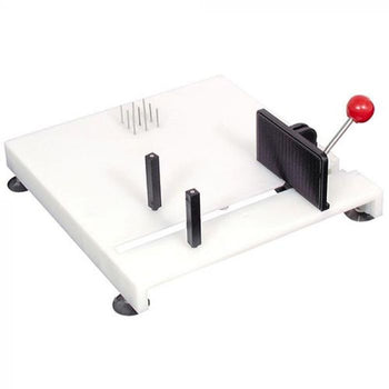 Deluxe one handed Paring Board