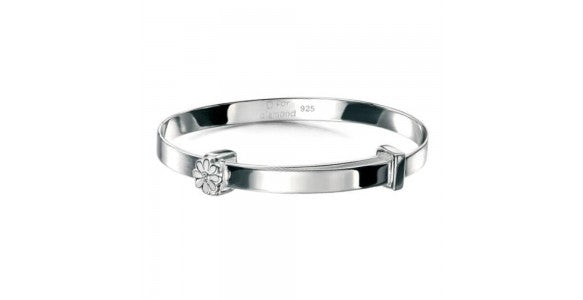 An image of a bracelet with a daisy pendant