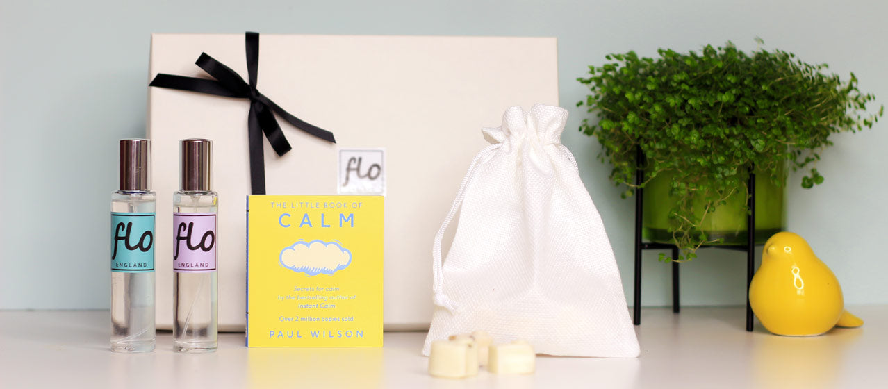 Handmade Mother's day gifts - soy wax melts - aromatherapy candles - aroma diffuser - essential oil blends - handmade scented candles