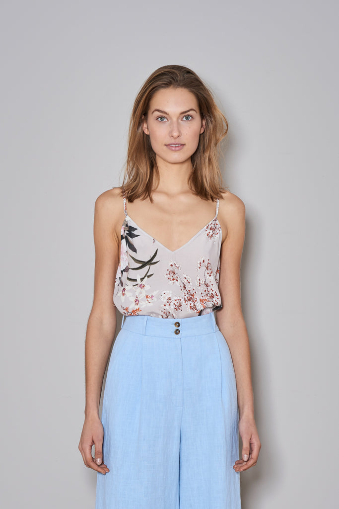 EASY SUMMER TOP nude flowers