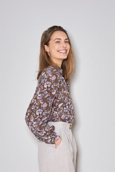 MANDRA BLOUSE edgy flowers silk
