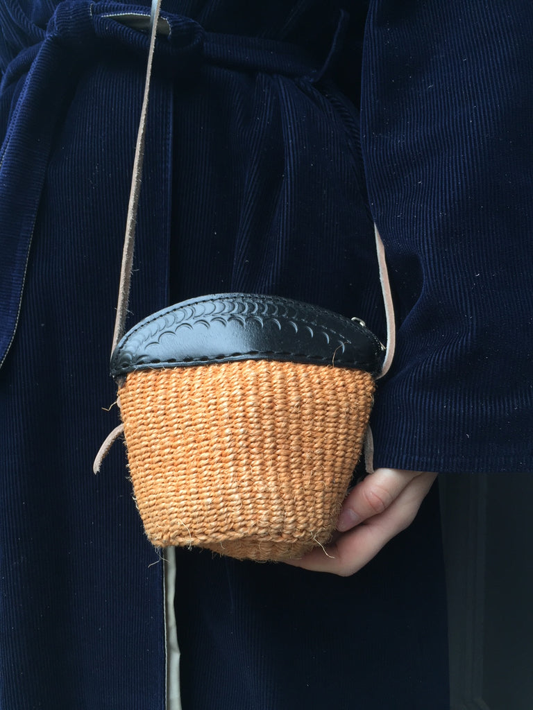 MINI SISAL PURSE light chestnut