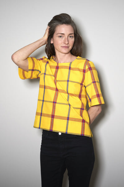 BASIC SHORTSLEEVE yellow check
