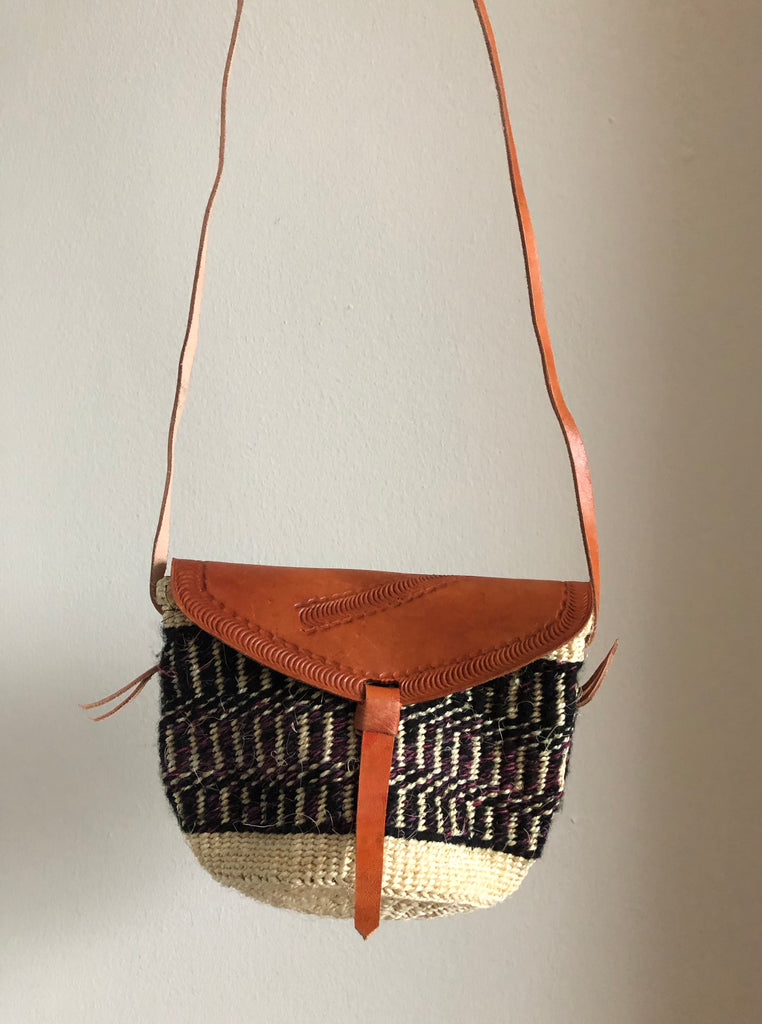 SISAL PURSE MIDI black with rose