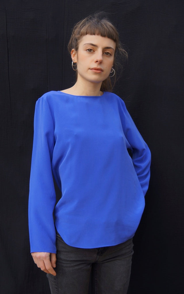 BASIC LONGSLEEVE electric blue silk