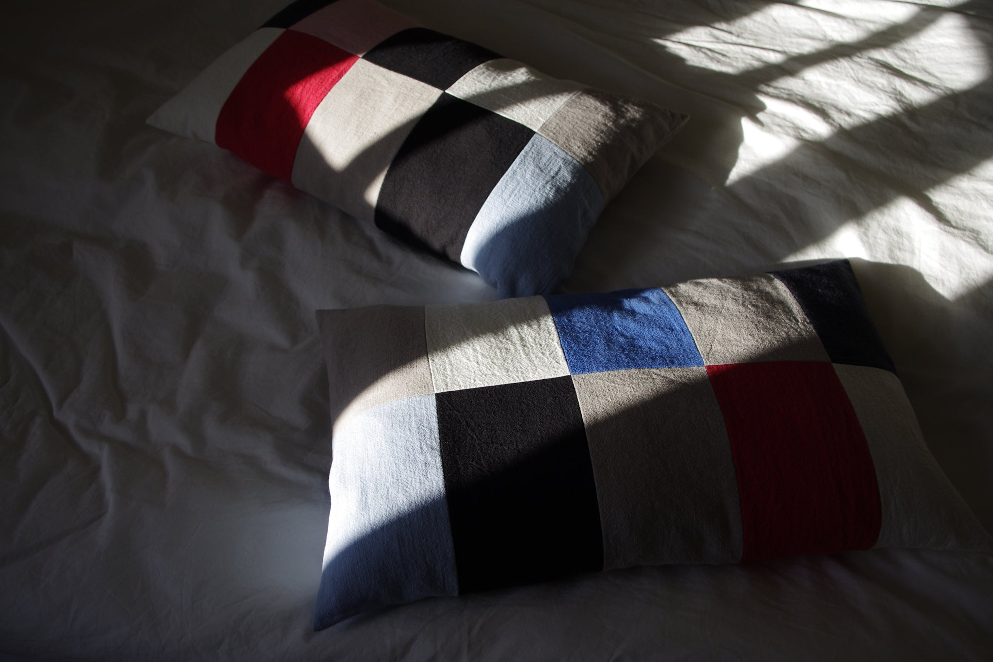 CUSHION COVER COUPLE blue red