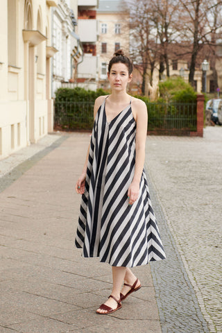 SIMPLE SAVANNA DRESS blue stripes