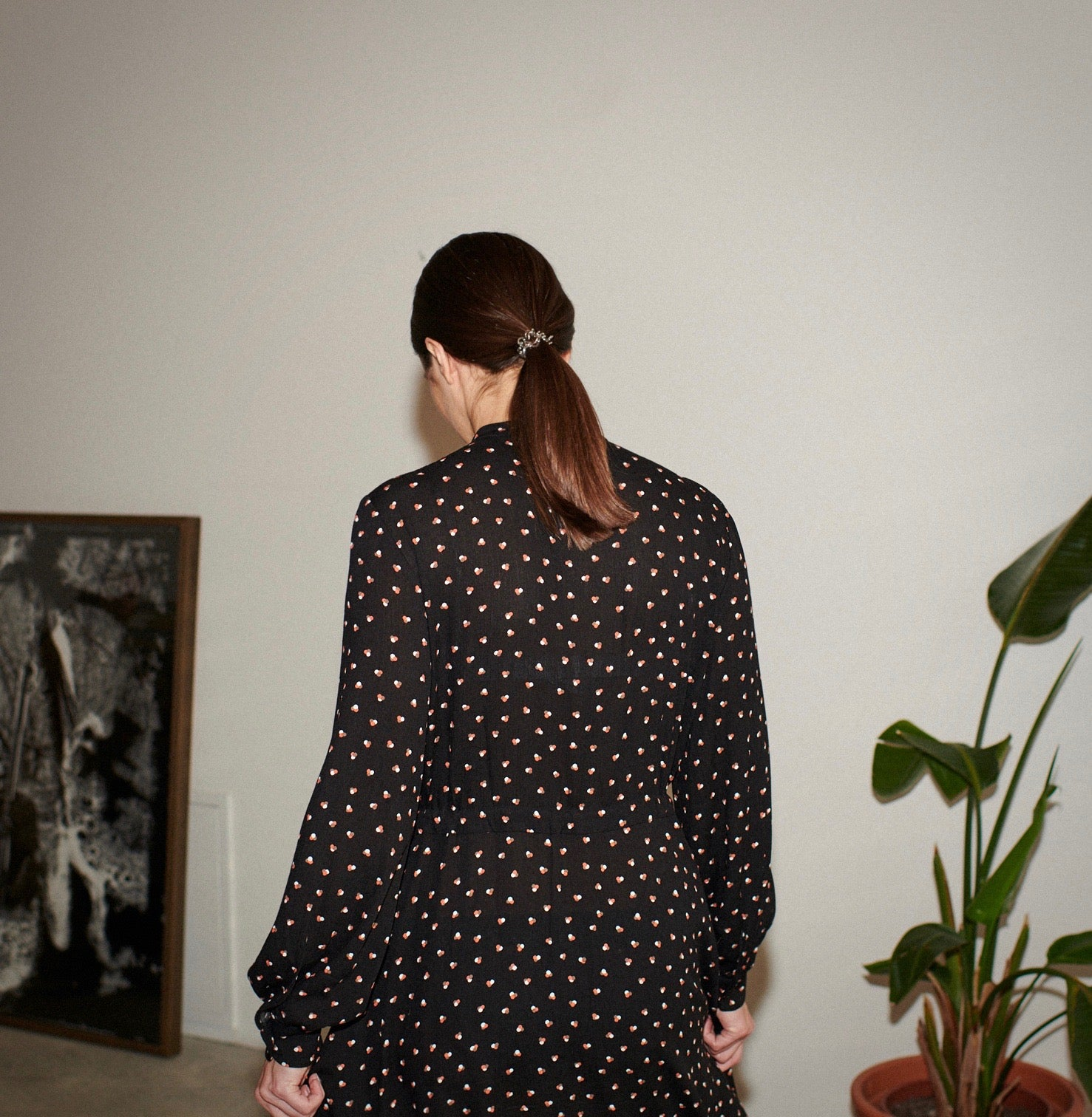 SWAN DRESS tripple dots black