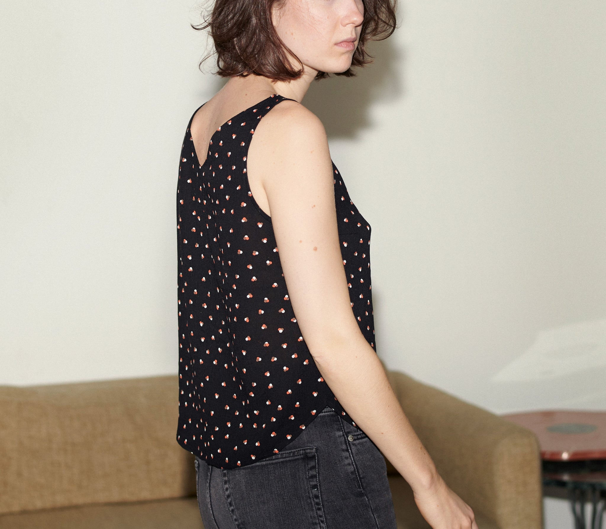 V-SUMMER TOP tripple dots black