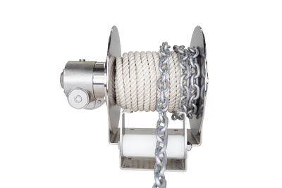 Patriot direct drive saltwater electric anchor winches are best for boats 18' - 30' with 1/2 inch or 3/8 inch anchor rope.