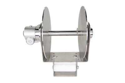 The Rebel series drum anchor winch has three sizes for serious commercial fishermen. Deep-sea fishing doesn't get easier