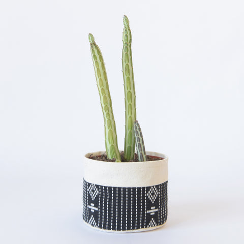 Small Natural Canvas Sitting Planter  |  Black