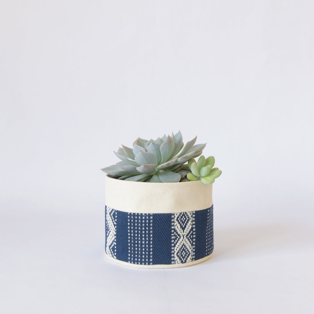 Medium Natural Canvas Sitting Planter | Indigo