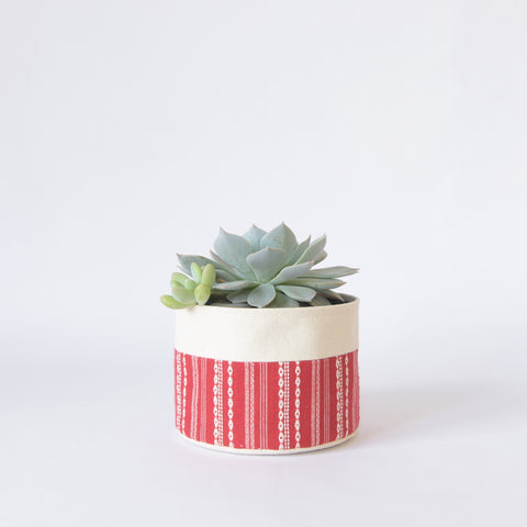 Medium Natural Canvas Sitting Planter | Red