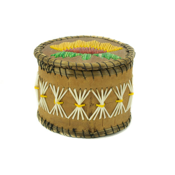American Indian  baskets, birch bark, chippewa  Chippewa Quilled Birch bark Box