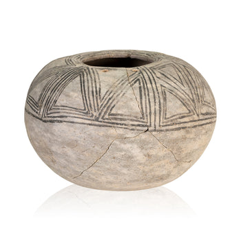 American Indian  anasazi, chaco, new item, pottery, pottery-prehistoric, prehistoric, seed jars  Chaco Seed Jar