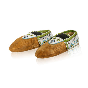 American Indian  beadwork, moccasins, new item, ojibwa, sale item, womens  Ojibwa Woman's Formal Moccasins