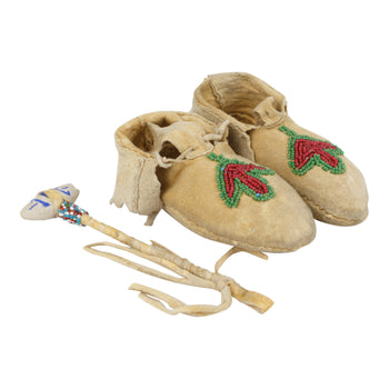 American Indian  beadwork, child's moccasins, coeur d'alene tribe, moccasins, toys, war clubs  Coeur d'Alene Child's Moccasins