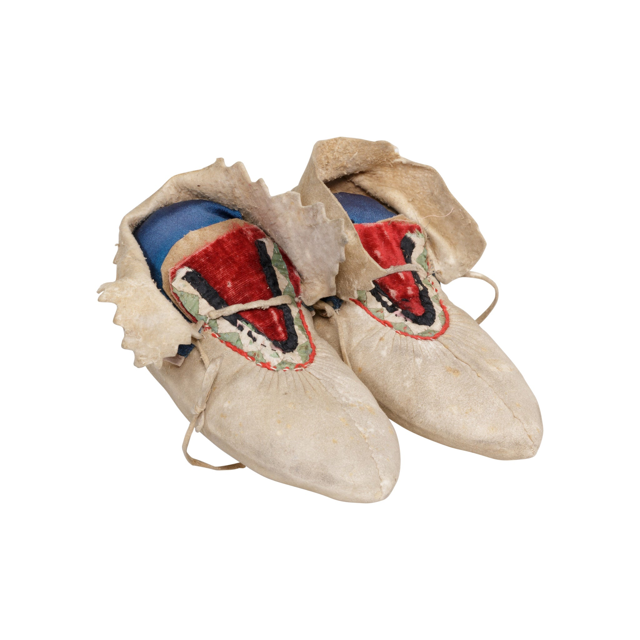Chippewa Child's Moccasins beadwork, child's moccasins, chippewa, moccasins