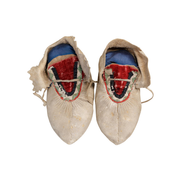 Chippewa Child's Moccasins